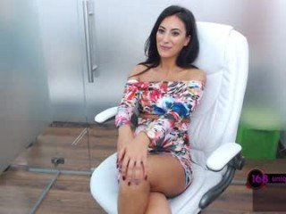 Webcam Belle - ayumilove pregnant cam girl opens hairy pussy online