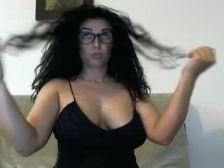 Webcam Belle - sexyerikka hairy pussy cam girl pleases their cunts with huge dildos