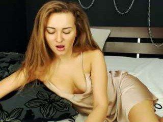 Webcam Belle - ellisabetta2 european cam babe loves masturbate her tight wet snatch on live cam