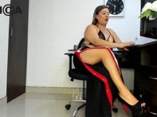 Webcam Belle - abie_turner french cam milf with nice titties loves fucking her boyfriend