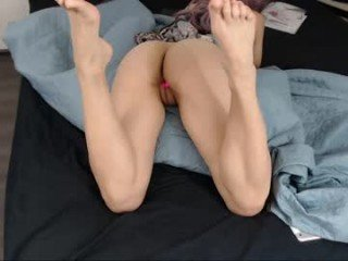 Webcam Belle - candy_flip_ ohmibod in her all holes, is her fetish online
