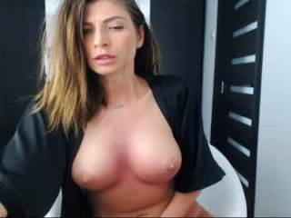 Webcam Belle - sweetndcrazy sexy cam girl turns into a fuck doll