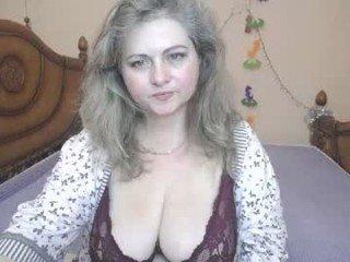 Webcam Belle - miilady_ pregnant cam milf enjoys her body on camera