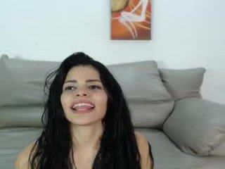 Webcam Belle - hot_princess_21 lesbian cam babes presents anal live sex show