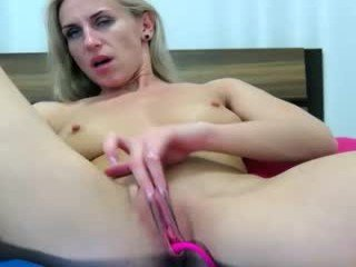 Webcam Belle - miss_x_ horny cam girl enjoys dirty anal live sex in exchange for a good mark