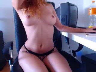 Webcam Belle - purpleariellx redhead cam girl pleasing her tight pussy with a his favorite sex toy online