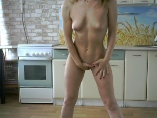 Webcam Belle - natalicams small tits cam girl loves rubs her shaved piss-hole on camera