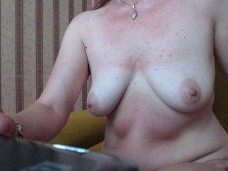 Webcam Belle - irinasolar amateur kinky cam slut get her holes penetrated
