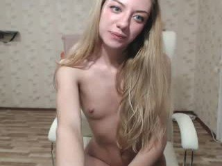 Webcam Belle - ronny_ponny beauty cam babe with small tits gets a good anal pounding