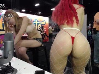 Webcam Belle - lilyallegro cam girl showing big tits and big ass