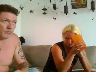 Webcam Belle - thedarksideoflive european cam milf after a fantastic cock sucking scene