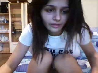Webcam Belle - teddyfleece white cam babe with big tits goes doggie style online