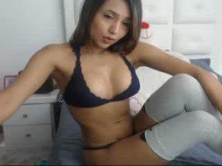 Webcam Belle - camilagomezz cam girl with big ass presents hot live sex cum show