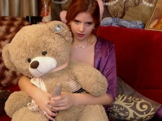 Webcam Belle - hellystarx redhead vixen she takes her sexy lingerie set off and even rubs her shaved pussy to taste her own love juices online