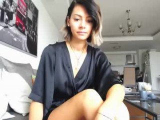 Webcam Belle - g_i_a cam girl likes using hot adult toys live on XXX cam