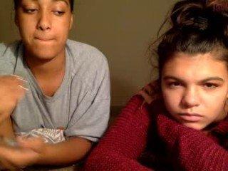 Webcam Belle - laylaloveoxo cam milf fucks herself with sex toys online