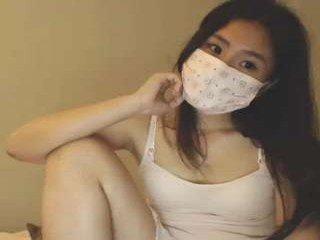 Webcam Belle - kawaiimimikyu kinky cam slut goes for deeper pussy insertions online