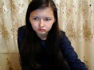 Webcam Belle - beauty_sakura kinky cam slut goes for deeper pussy insertions online