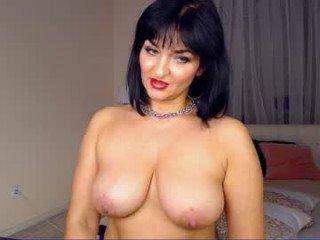 Webcam Belle - aizashake cam slut loves fucking her boyfriend online