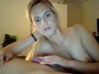 Webcam Belle - mayalove01 beautiful cam babe gets hard dicked in tight ass