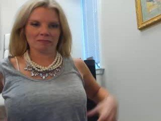 Webcam Belle - trophywifey webcam milf fetish live sex online