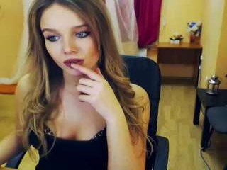Webcam Belle - prettyanni english cam babe likes masturbating live during her adult sessions