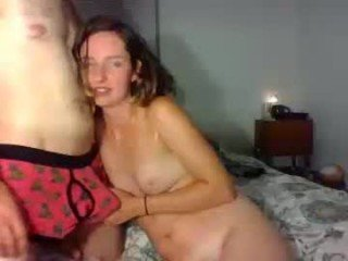 Webcam Belle - wolfparty3 horny couple makes facial massage by a dick online
