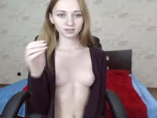 Webcam Belle - foxvr cam babe wants her pussy and small tits licked and then fucked in the chatroom
