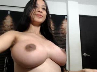 Webcam Belle - daliamaha cum show with pregnant cam babe in the chatroom