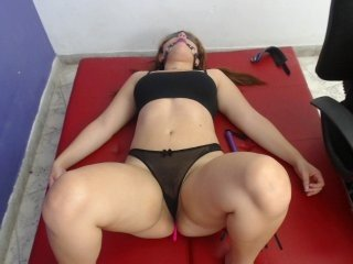 Webcam Belle - blondy-and-re couple loves intense fuck in shaved pussy online