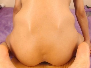 Webcam Belle - sammybadass european cam babe offers her hairy pussy for live sex experiments
