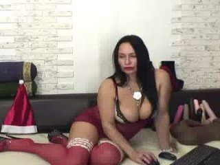 Webcam Belle - florasquirt amateur cam mature with big tits enjoys hot live sex on the camera